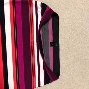 Ann Taylor Skirts - NWOT stretchy Ann Taylor Skirt